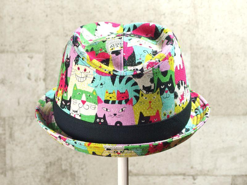ネコだらけ中折れ帽子3