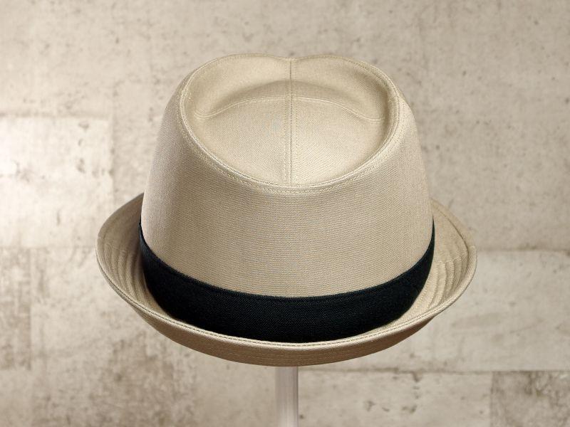 ベージュ中折れ帽子3