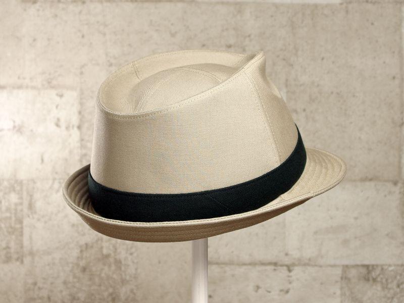 ベージュ中折れ帽子7