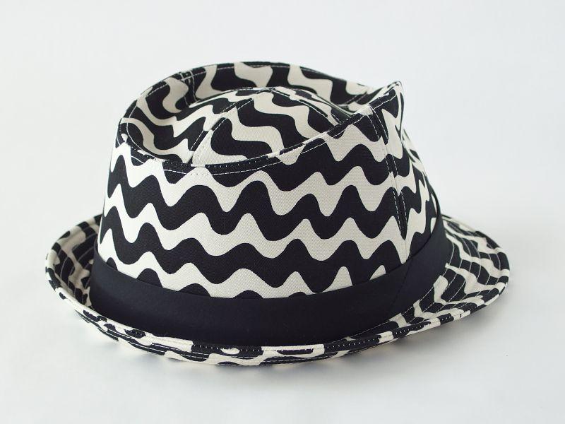 うねうね中折れ帽子2