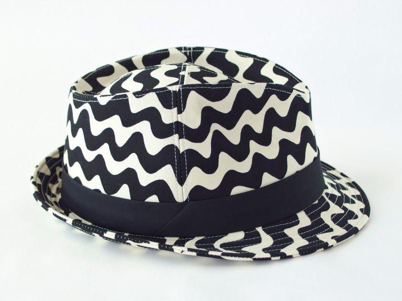 うねうね中折れ帽子4