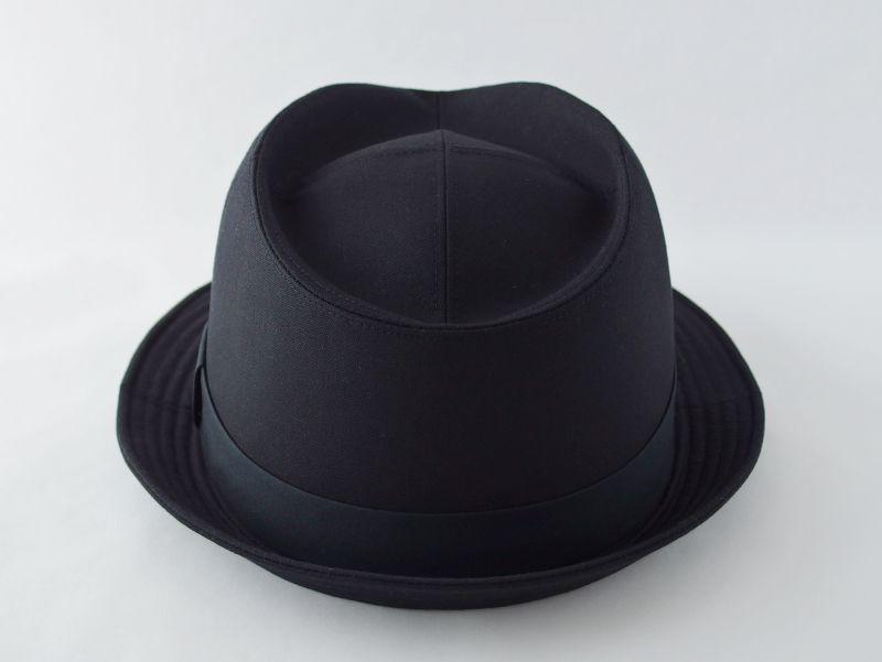 ブラック中折れ帽子4