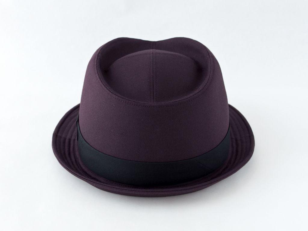 ダークパープル中折れ帽子3