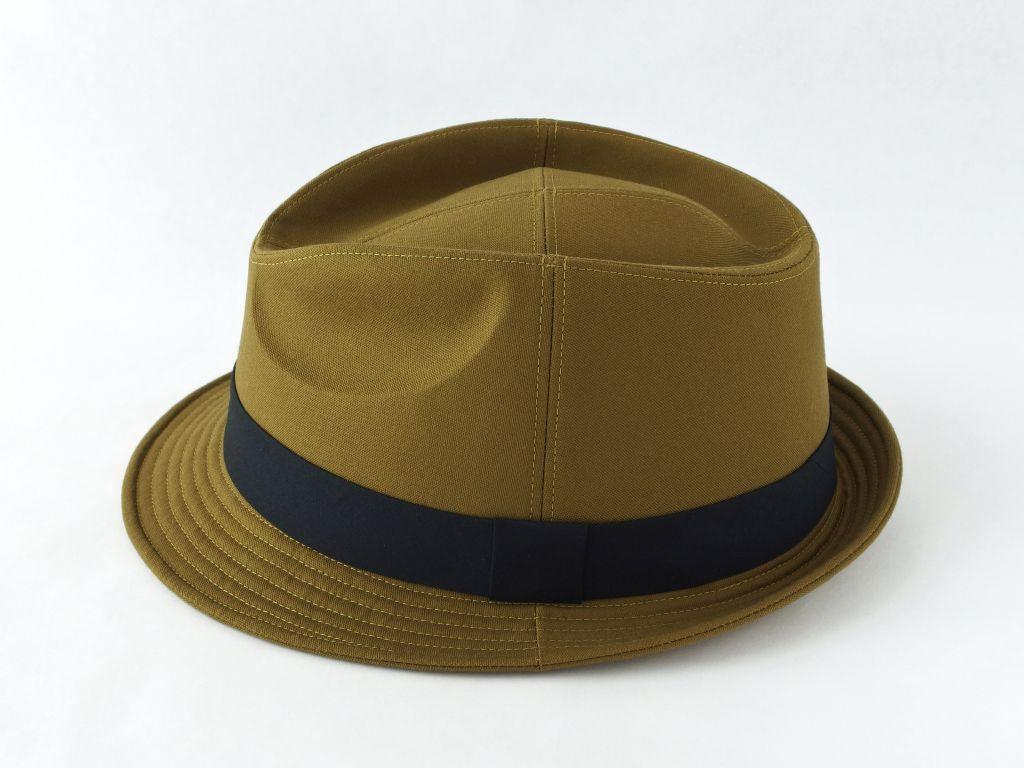 ライトオリーブ中折れ帽子4