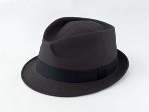 ダークグレー中折れ帽子