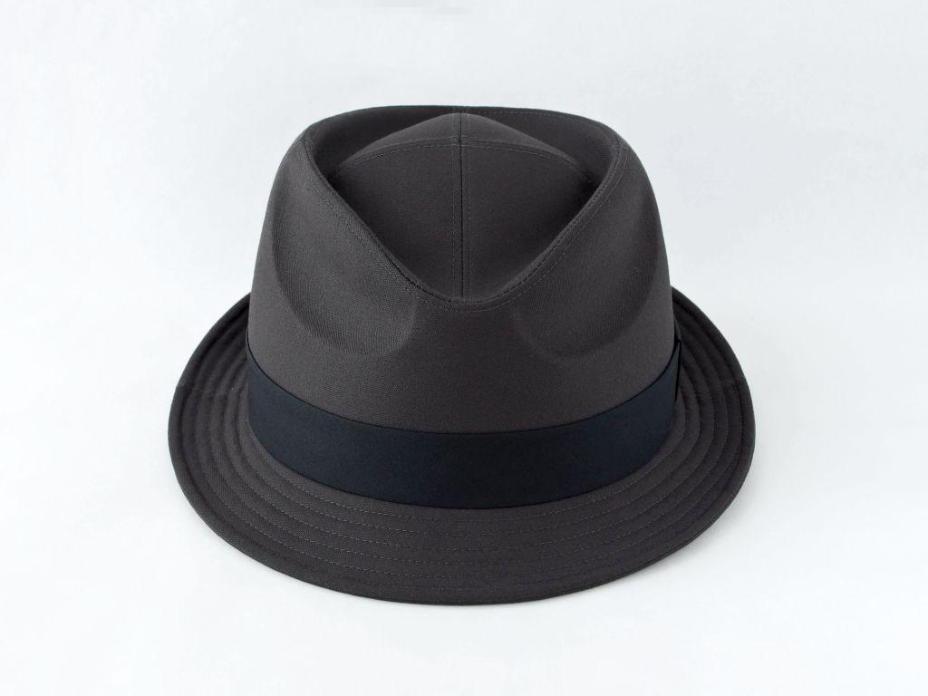 ダークグレー中折れ帽子2