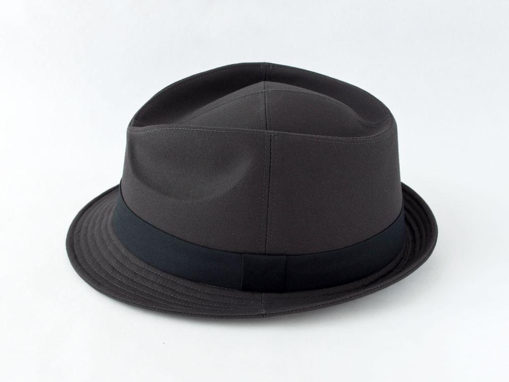 ダークグレー中折れ帽子4