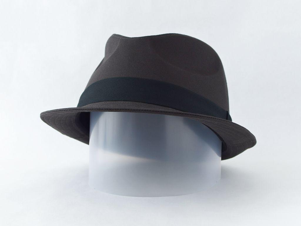 ダークグレー中折れ帽子5