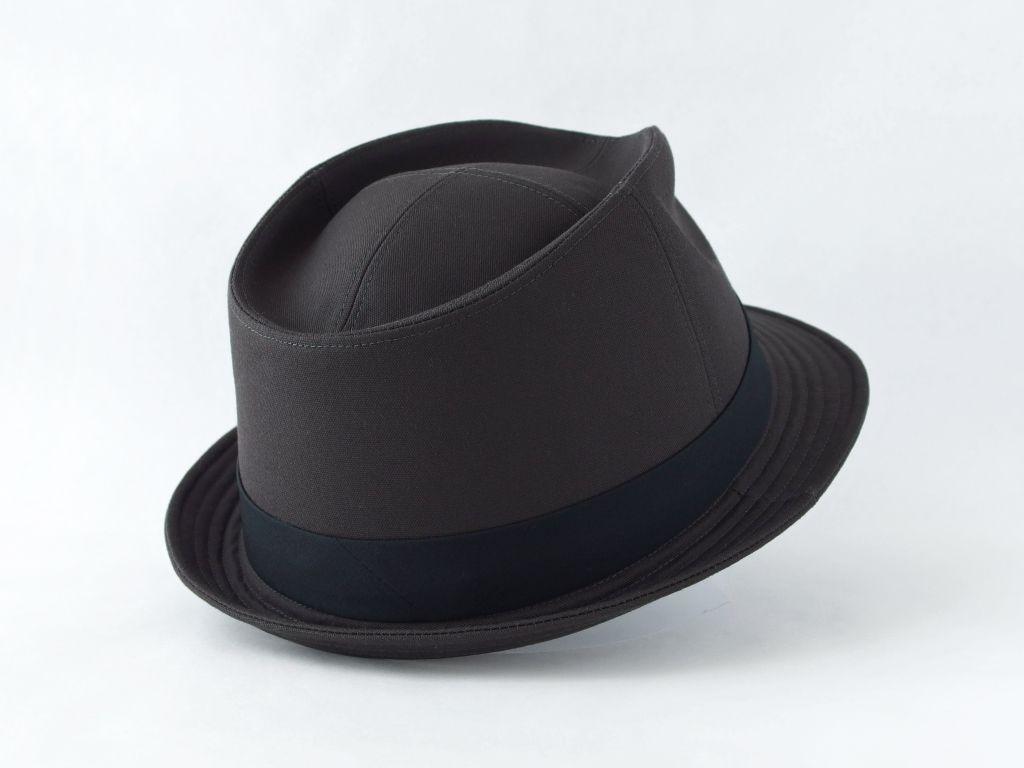 ダークグレー中折れ帽子6